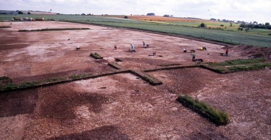 The round barrow starts to emerge - as a circular ditch...